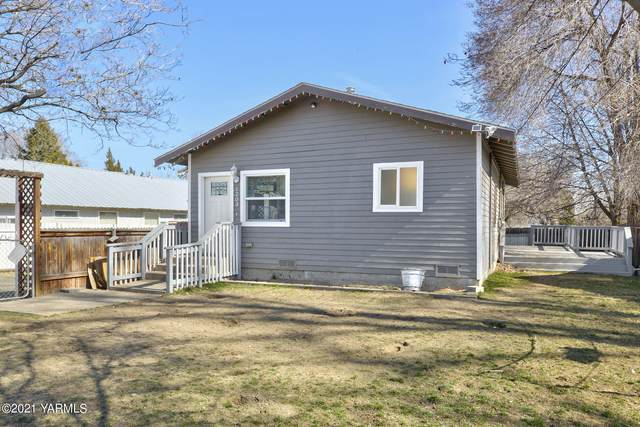 1203 S 20th Ave, Yakima, WA 98902 (MLS #21-587) :: Heritage Moultray Real Estate Services