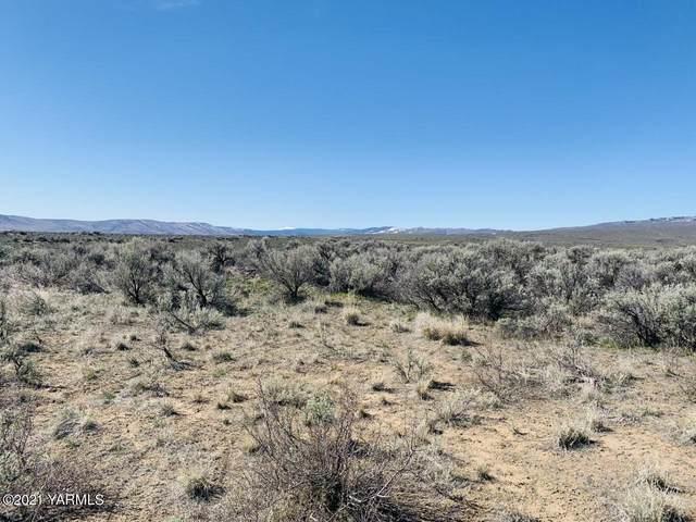 NNA Blackhawk Rd, Yakima, WA 98908 (MLS #21-590) :: Candy Lea Stump | Keller Williams Yakima Valley