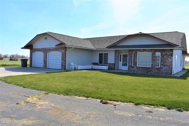 7702 Yakima Valley Hwy, Zillah, WA 98953 (MLS #21-657) :: Candy Lea Stump | Keller Williams Yakima Valley