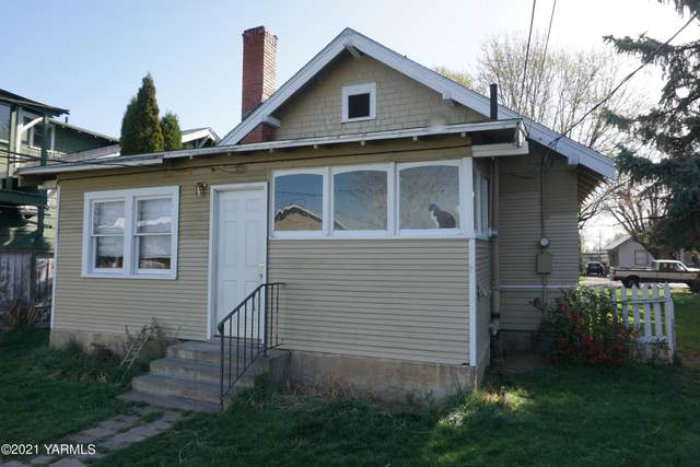 706 S 7th Ave, Yakima, WA 98902 (MLS #21-695) :: Heritage Moultray Real Estate Services