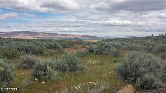 NKA Songbird Ln, Yakima, WA 98908 (MLS #21-696) :: Amy Maib - Yakima's Rescue Realtor