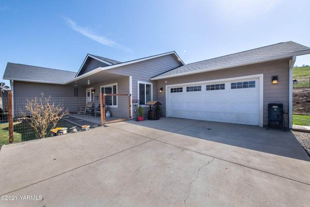 17202 Cottonwood Canyon Rd, Yakima, WA 98908 (MLS #21-702) :: Heritage Moultray Real Estate Services