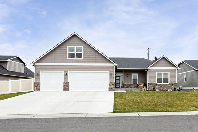 7310 Whitman Ave, Yakima, WA 98903 (MLS #21-722) :: Heritage Moultray Real Estate Services