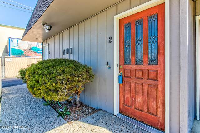 701 S 38th Ave #2, Yakima, WA 98902 (MLS #21-769) :: Amy Maib - Yakima's Rescue Realtor