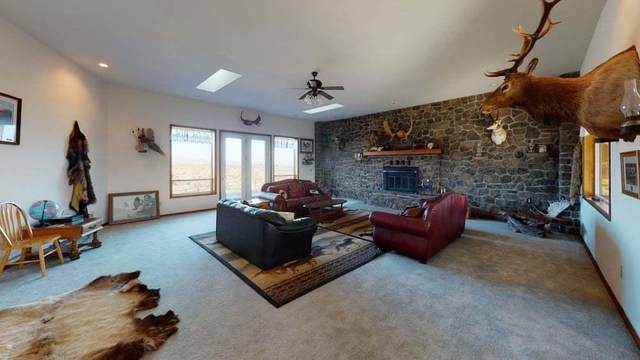 301 Redtail Rd, Yakima, WA 98908 (MLS #21-773) :: Heritage Moultray Real Estate Services