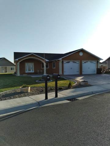2011 Jennifer Dr, Granger, WA 98932 (MLS #21-788) :: Candy Lea Stump | Keller Williams Yakima Valley