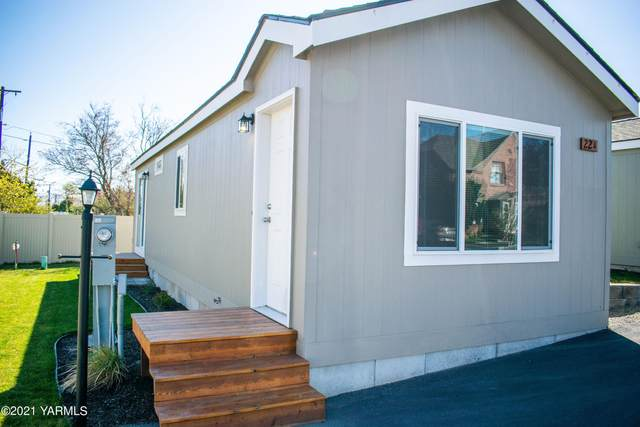 1418 Hathaway St 22A, Yakima, WA 98902 (MLS #21-789) :: Amy Maib - Yakima's Rescue Realtor