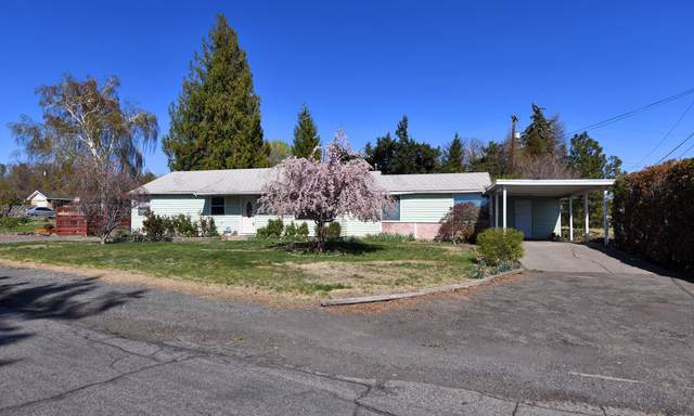 419 S 37th Ave, Yakima, WA 98902 (MLS #21-803) :: Amy Maib - Yakima's Rescue Realtor