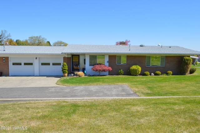 3904 W Lincoln Ave, Yakima, WA 98902 (MLS #21-819) :: Candy Lea Stump | Keller Williams Yakima Valley