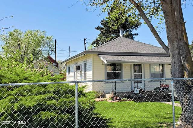212 N 10th St, Yakima, WA 98901 (MLS #21-823) :: Heritage Moultray Real Estate Services