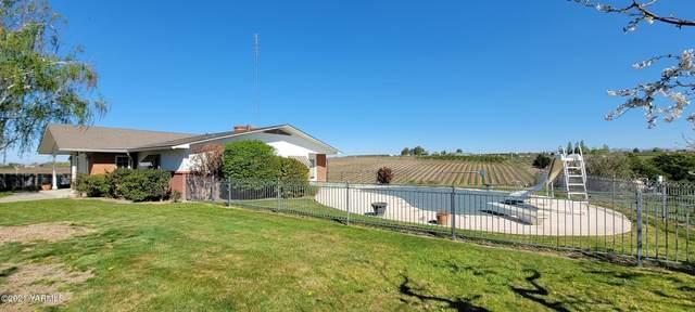 280 Tuttle Rd, Grandview, WA 98930 (MLS #21-833) :: Amy Maib - Yakima's Rescue Realtor
