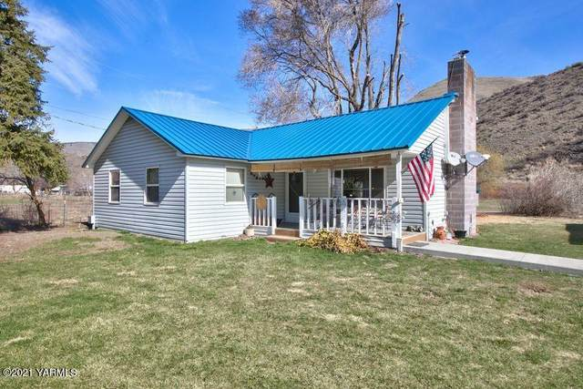 4721 Sr-410, Naches, WA 98937 (MLS #21-853) :: Heritage Moultray Real Estate Services