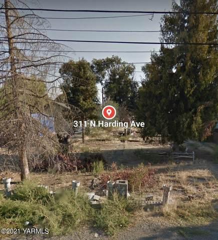 311 N Harding Ave, Wapato, WA 98951 (MLS #21-860) :: Candy Lea Stump | Keller Williams Yakima Valley
