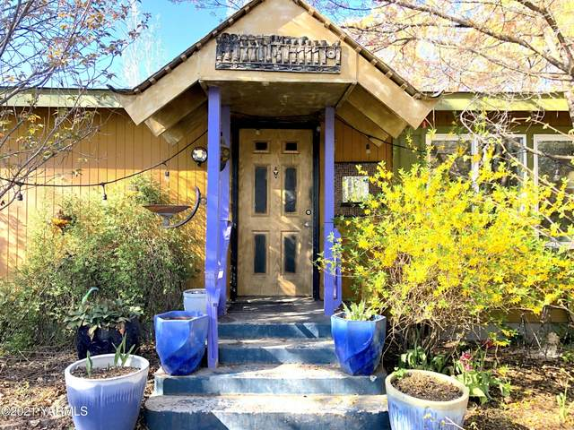 13007 Wide Hollow Rd, Yakima, WA 98908 (MLS #21-862) :: Nick McLean Real Estate Group