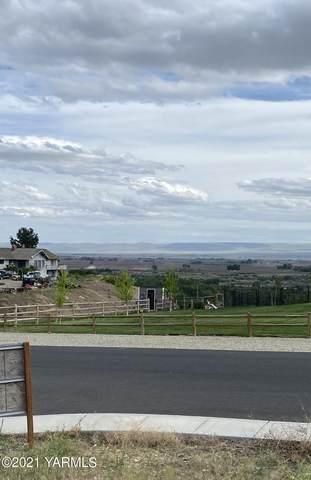 NNA Bagley Rd, Granger, WA 98932 (MLS #21-927) :: Candy Lea Stump   Keller Williams Yakima Valley