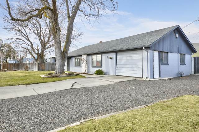 2127 Butterfield Rd, Yakima, WA 98901 (MLS #21-945) :: Heritage Moultray Real Estate Services