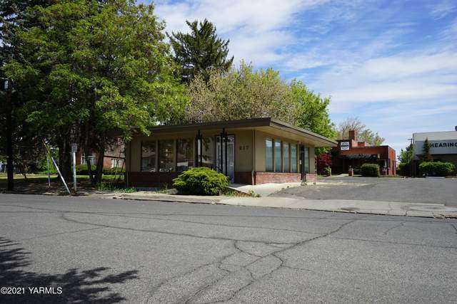 217 S 12th Ave, Yakima, WA 98902 (MLS #21-953) :: Heritage Moultray Real Estate Services