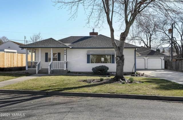 938 Memorial St, Prosser, WA 99350 (MLS #21-955) :: Nick McLean Real Estate Group