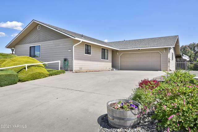 507 D'anjou St, Zillah, WA 98953 (MLS #21-965) :: Candy Lea Stump | Keller Williams Yakima Valley