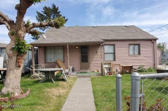 420 Victory Way, Sunnyside, WA 98944 (MLS #21-975) :: Nick McLean Real Estate Group