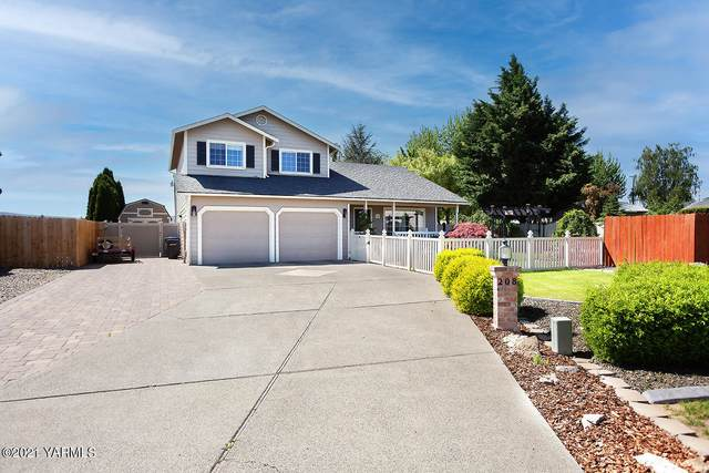 208 S 87th Pl, Yakima, WA 98908 (MLS #21-995) :: Candy Lea Stump | Keller Williams Yakima Valley