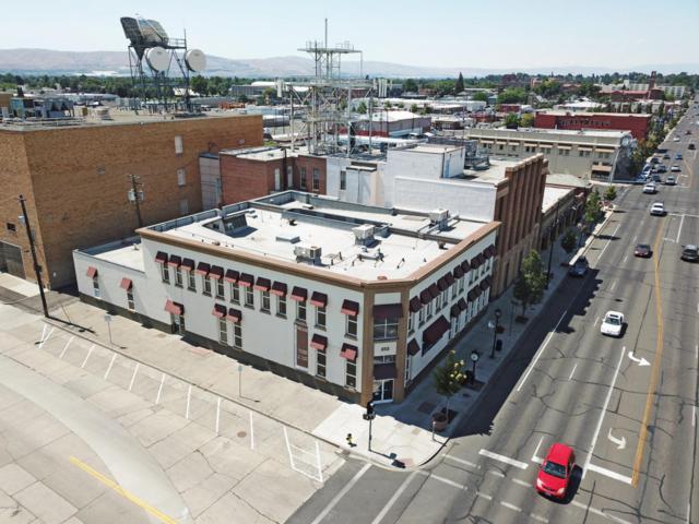 202 W Yakima Ave, Yakima, WA 98902 (MLS #13-3369) :: Heritage Moultray Real Estate Services