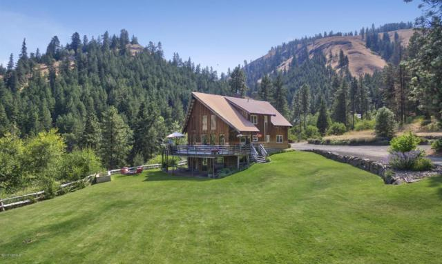 134,136,8 Flying H Lp, Naches, WA 98937 (MLS #17-2159) :: Heritage Moultray Real Estate Services