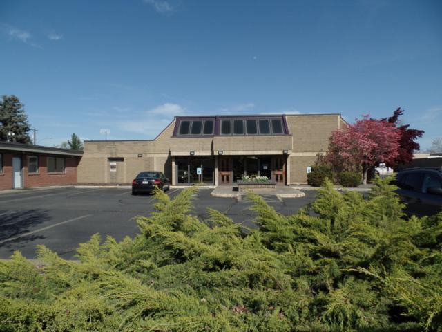 401 S 12th Ave, Yakima, WA 98902 (MLS #18-1207) :: Amy Maib - Yakima's Rescue Realtor