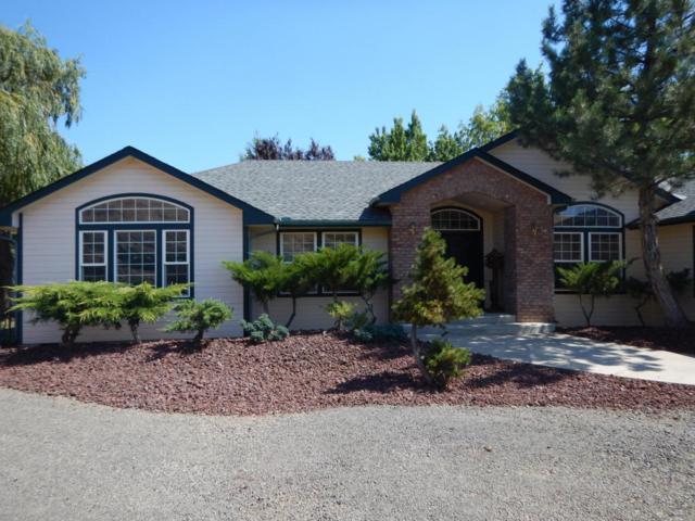 200 Sagebrush Heights Rd, Yakima, WA 98903 (MLS #18-1763) :: Results Realty Group