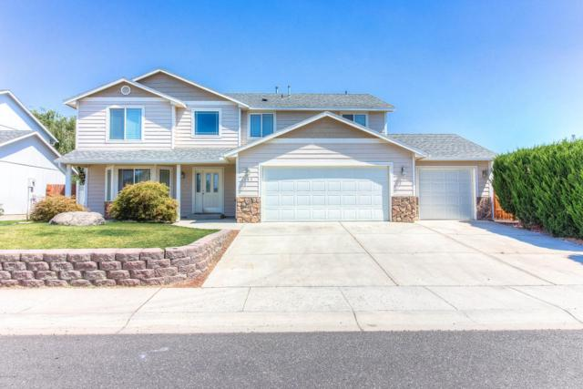 107 N Galena St, Moxee, WA 98936 (MLS #18-1861) :: Heritage Moultray Real Estate Services