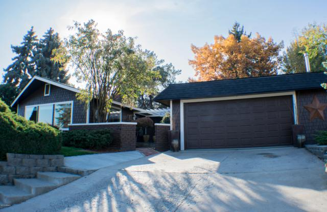 1704 Conover Dr, Yakima, WA 98903 (MLS #18-2594) :: Heritage Moultray Real Estate Services