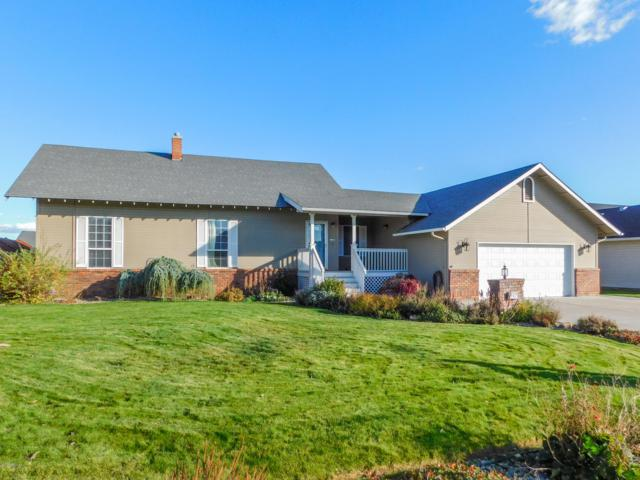 907 S 77th Ave, Yakima, WA 98908 (MLS #18-2734) :: Heritage Moultray Real Estate Services