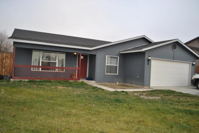 114 SW Malibu Dr, Prosser, WA 99350 (MLS #18-2827) :: Heritage Moultray Real Estate Services