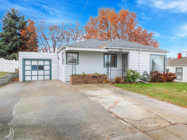 312 N 36th Ave, Yakima, WA 98902 (MLS #18-2894) :: Results Realty Group