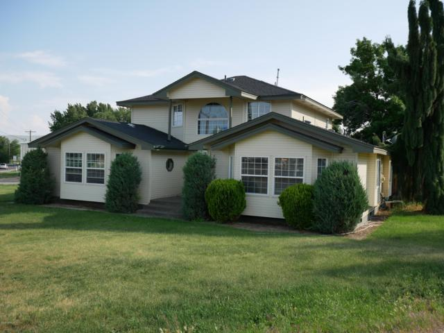502 S 96th Ave Ave, Yakima, WA 98908 (MLS #19-1337) :: Results Realty Group