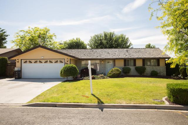 1216 S 25th Ave, Yakima, WA 98902 (MLS #19-1346) :: Results Realty Group