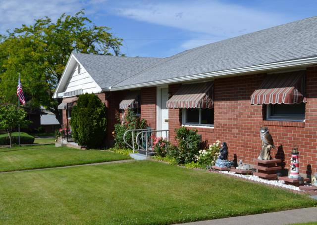 243 N 38th Ave, Yakima, WA 98908 (MLS #19-1370) :: Heritage Moultray Real Estate Services