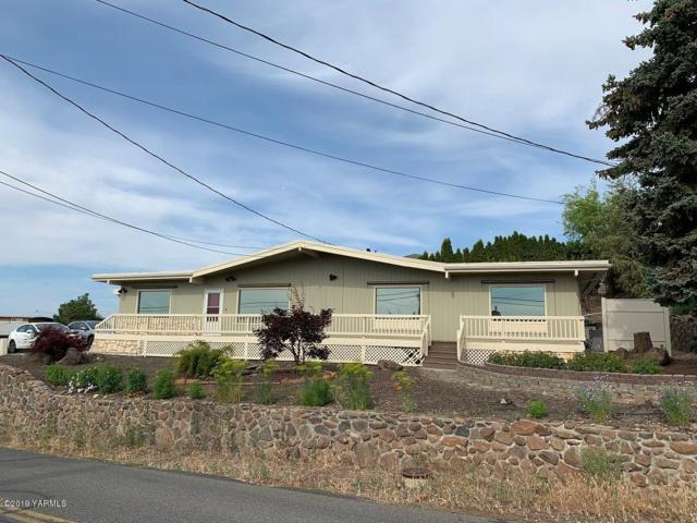 802 N 53 Ave, Yakima, WA 98908 (MLS #19-1651) :: Heritage Moultray Real Estate Services