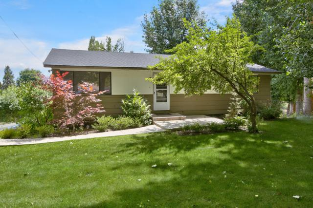 190 Selah Naches Rd, Selah, WA 98942 (MLS #19-1713) :: Heritage Moultray Real Estate Services