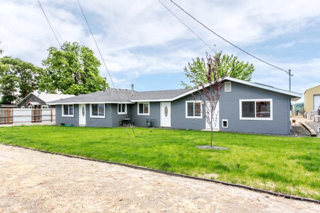 206 First Ave, Zillah, WA 98953 (MLS #19-188) :: Results Realty Group