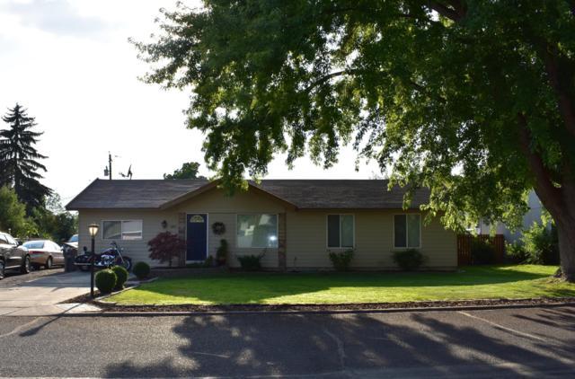 180 Suntides Blvd, Yakima, WA 98908 (MLS #19-1960) :: Joanne Melton Realty Team
