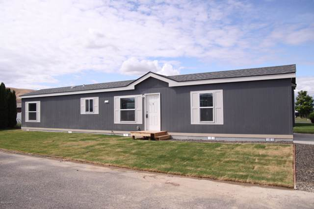 2802 S 5th Ave #73, Union Gap, WA 98903 (MLS #19-2055) :: Heritage Moultray Real Estate Services