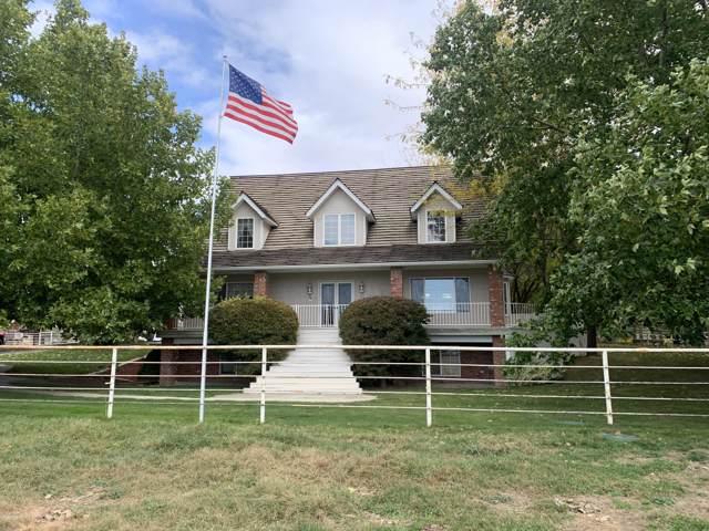 1801 N Granger Rd, Zillah, WA 98953 (MLS #19-2230) :: Joanne Melton Real Estate Team