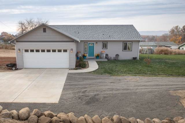 311 N 34th St, Yakima, WA 98901 (MLS #19-2733) :: Heritage Moultray Real Estate Services