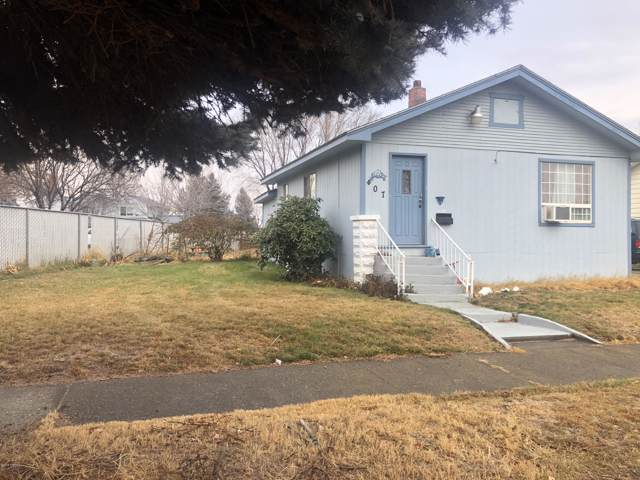 407 N 4th Ave, Yakima, WA 98902 (MLS #19-2934) :: Heritage Moultray Real Estate Services