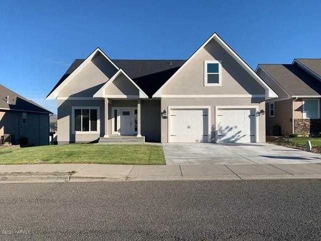 8710 Maclaren Ave, Yakima, WA 98908 (MLS #19-2947) :: Joanne Melton Real Estate Team