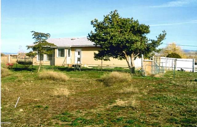 1102 W Huntzinger Rd, Selah, WA 98942 (MLS #20-1286) :: Heritage Moultray Real Estate Services