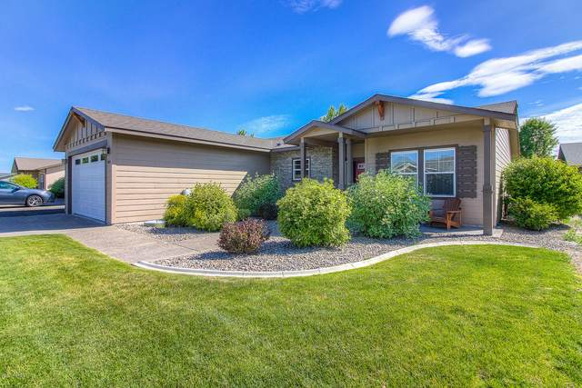 8014 Vialago Pky, Zillah, WA 98953 (MLS #20-1307) :: Heritage Moultray Real Estate Services