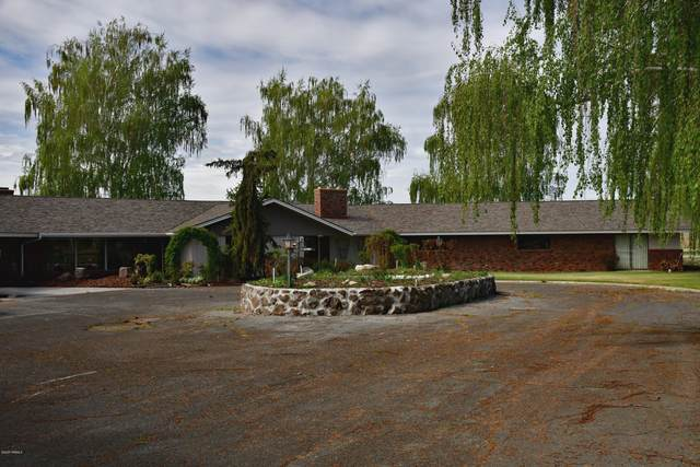 8540-2 Fort Rd, Wapato, WA 98951 (MLS #20-1326) :: Heritage Moultray Real Estate Services