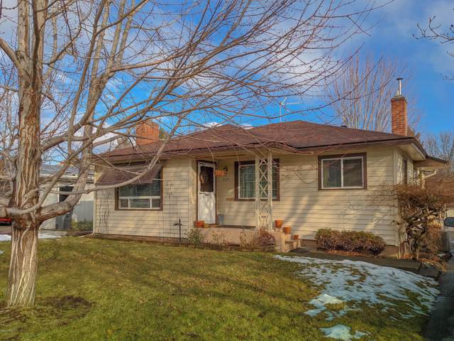 909 S 31st Ave, Yakima, WA 98902 (MLS #20-133) :: Heritage Moultray Real Estate Services